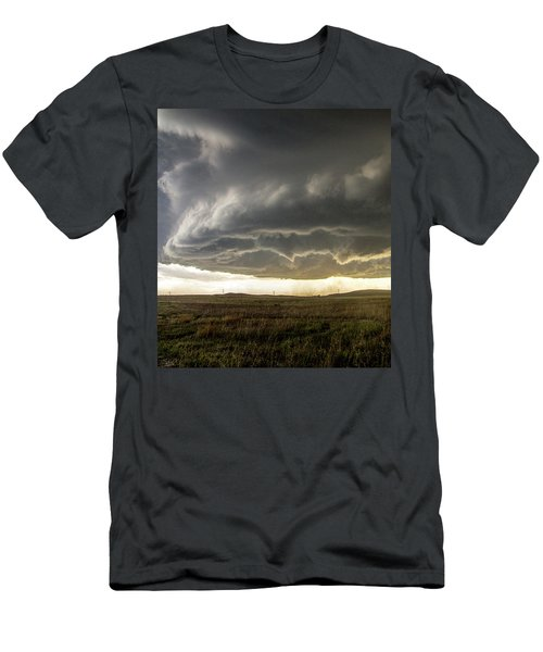 Wray Colorado Tornado 021 Men's T-Shirt (Athletic Fit)