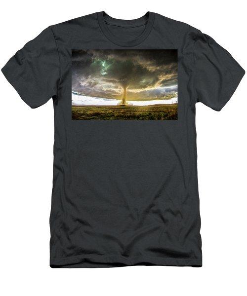 Wray Colorado Tornado 070 Men's T-Shirt (Athletic Fit)