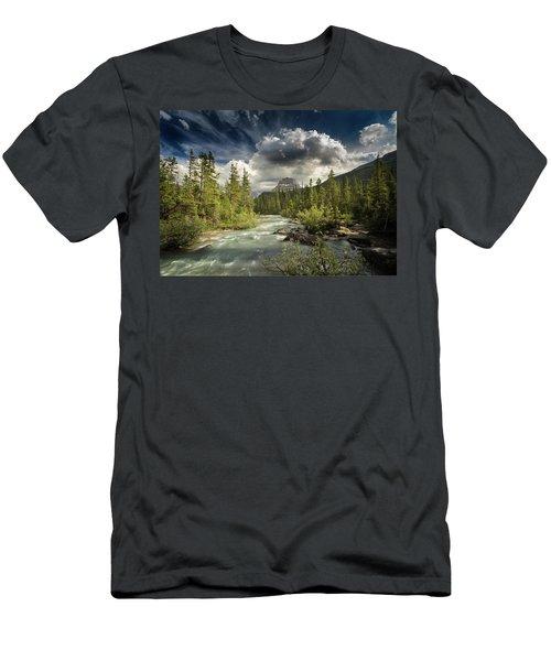 Yoho National Park Men's T-Shirt (Athletic Fit)