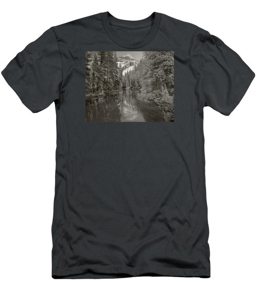 Yosemite Hike  Pictorial Men's T-Shirt (Athletic Fit)