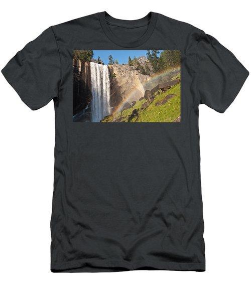 Yosemite Mist Trail Rainbow Men's T-Shirt (Athletic Fit)