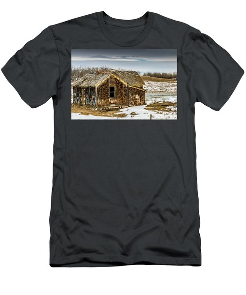 Abondened Old Farm Houese And Estates Dot The Prairie Landscape, Men's T-Shirt (Athletic Fit)