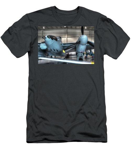 De Havilland, Mosquito Dh-98 Men's T-Shirt (Athletic Fit)