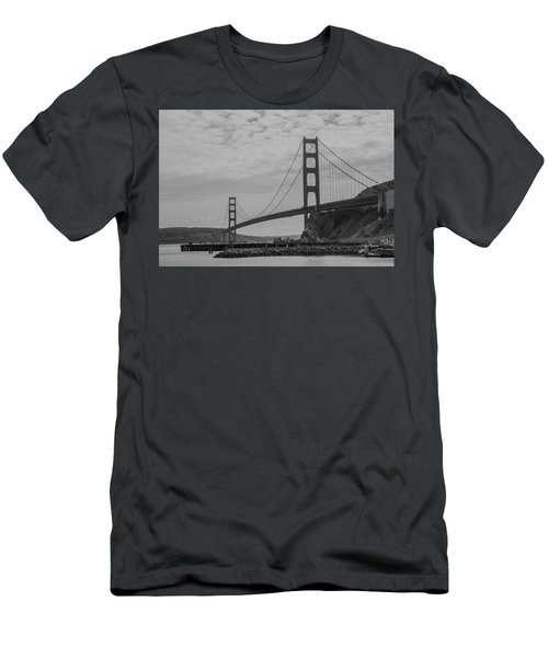 Golden Gate Bridge Men's T-Shirt (Athletic Fit)