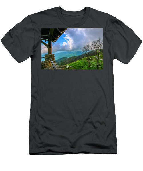 Observation Tower View Men's T-Shirt (Athletic Fit)