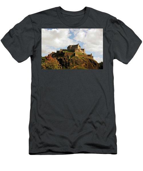 19/08/13 Edinburgh, The Castle. Men's T-Shirt (Athletic Fit)