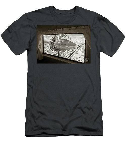 1928 Ford Tri-motor Men's T-Shirt (Athletic Fit)
