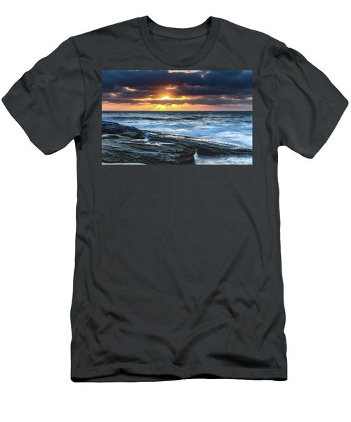 A Moody Sunrise Seascape Men's T-Shirt (Athletic Fit)