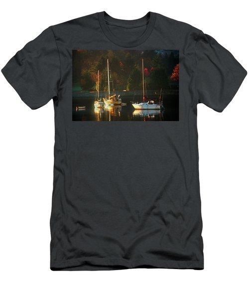 3 Sail Boats In Coal Harbour Creek Vancouver Men's T-Shirt (Athletic Fit)