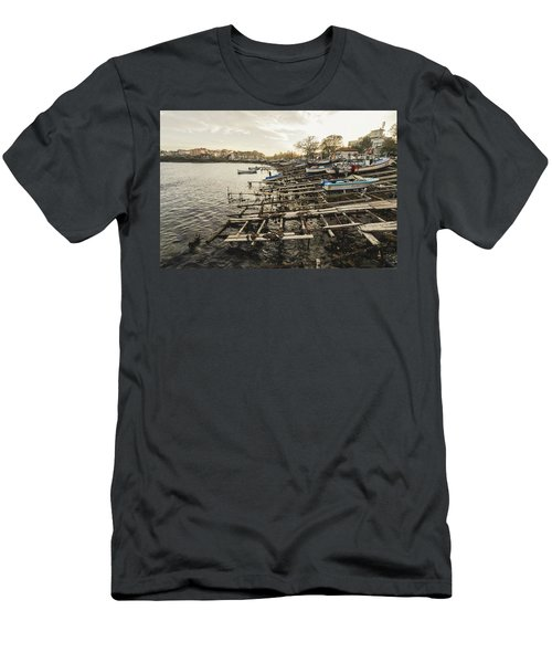 Ahtopol Fishing Town Men's T-Shirt (Athletic Fit)