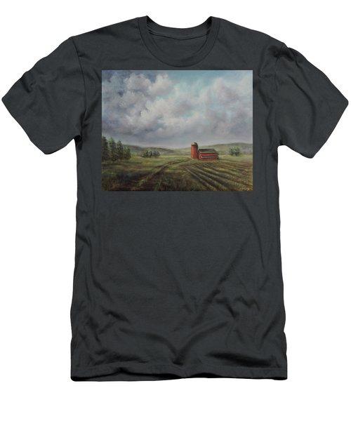 American Scene Red Barn  Men's T-Shirt (Athletic Fit)
