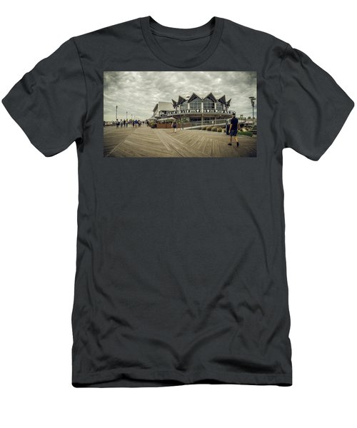 Asbury Park Boardwalk Looking South Men's T-Shirt (Athletic Fit)