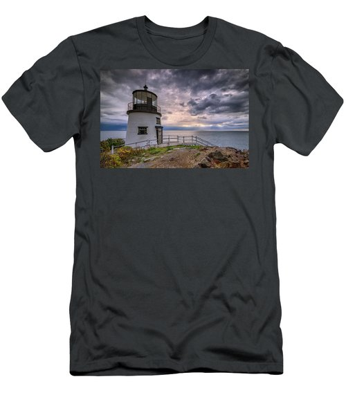 Men's T-Shirt (Athletic Fit) featuring the photograph Autumn Morning At Owls Head by Rick Berk