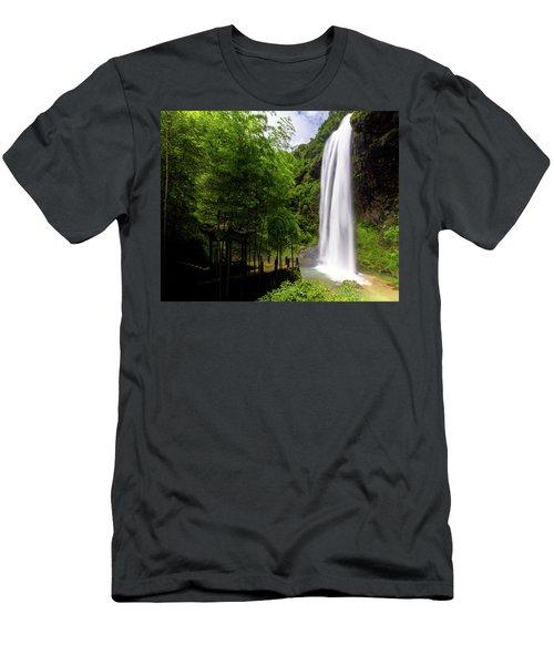 Baiyun Waterfall II Men's T-Shirt (Athletic Fit)