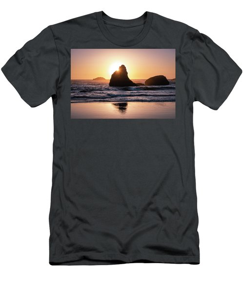 Bandon Light Men's T-Shirt (Athletic Fit)