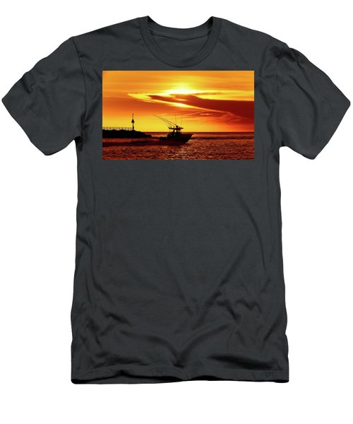 Boat Headed Out Of Jupiter Inlet Men's T-Shirt (Athletic Fit)