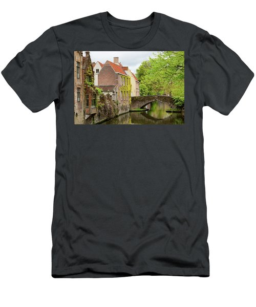 Bruges Footbridge Over Canal Men's T-Shirt (Athletic Fit)