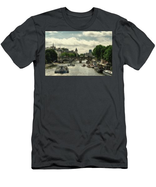Busy Morning On The Seine Men's T-Shirt (Athletic Fit)