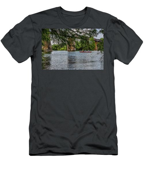 Canoeing Lady Bird Lake Men's T-Shirt (Athletic Fit)
