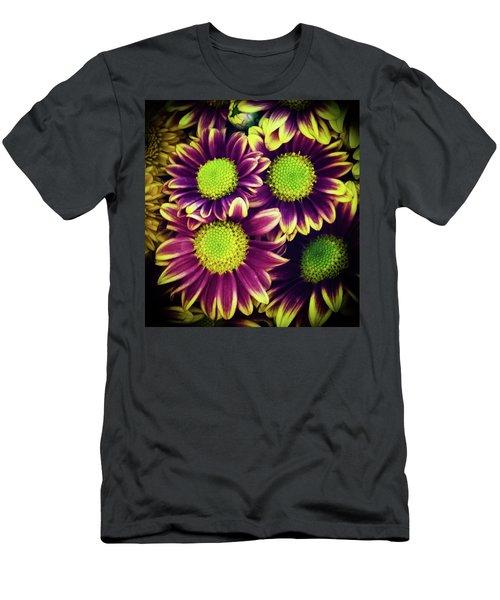 Chrisantemum Men's T-Shirt (Athletic Fit)