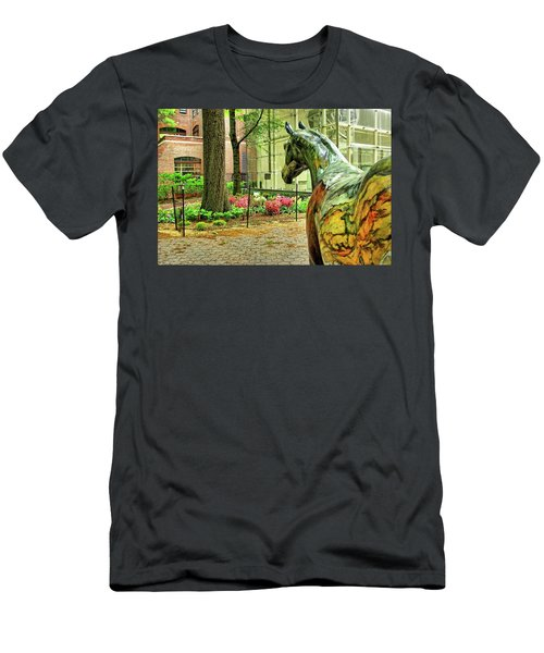 Coloured Horse Sculpture By Museum Of Natural History, Manhattan, New York Men's T-Shirt (Athletic Fit)