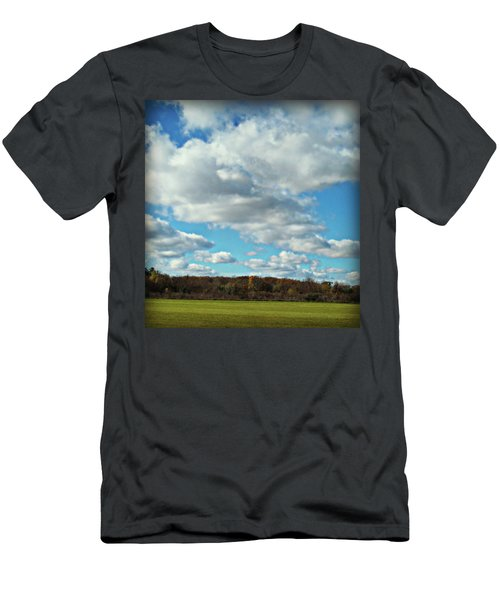 Country Autumn Curves 7 Men's T-Shirt (Athletic Fit)