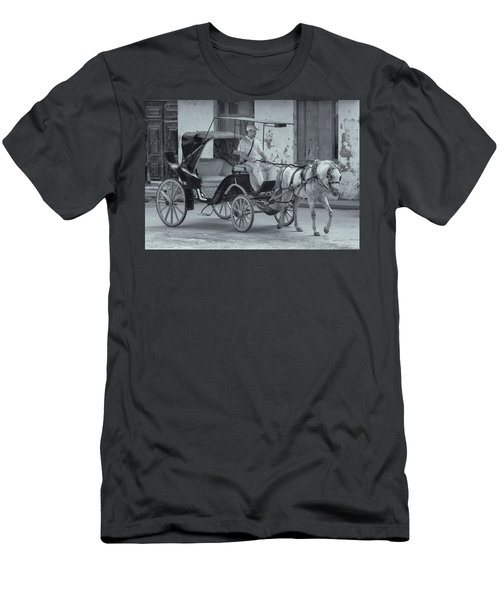Cuban Horse Taxi Men's T-Shirt (Athletic Fit)