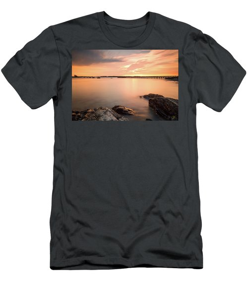 Days End Daydream  Men's T-Shirt (Athletic Fit)