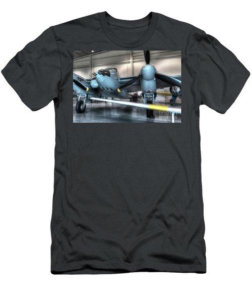 De Havilland Mosquito Dh-98 Men's T-Shirt (Athletic Fit)