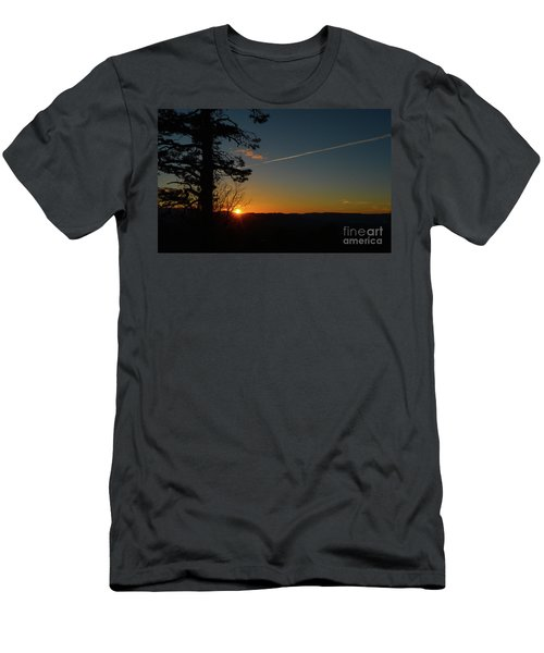 Dipping Down Men's T-Shirt (Athletic Fit)