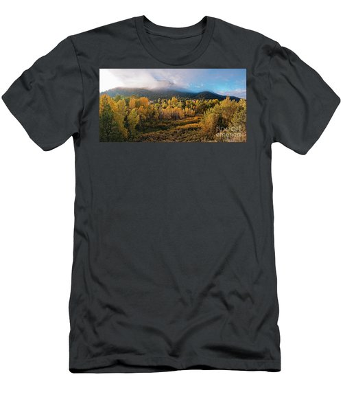 Early Morning Panorama Of Changing Aspens And Picacho Peak - Twomile Reservoir - Santa Fe New Mexico Men's T-Shirt (Athletic Fit)