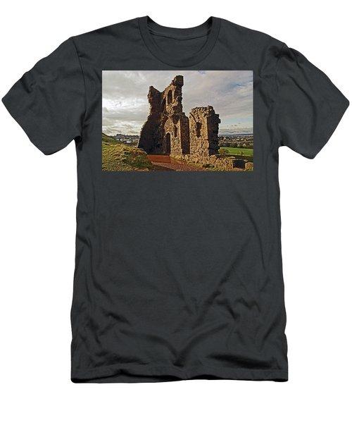 Edinburgh. St. Anthony's Chapel, Holyrood Park Men's T-Shirt (Athletic Fit)