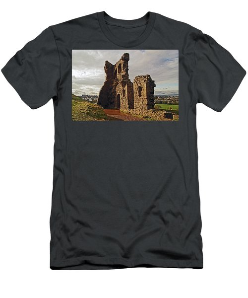 Edinburgh. St. Anthony's Chapel, Holyrood Park Men's T-Shirt (Athletic Fit)
