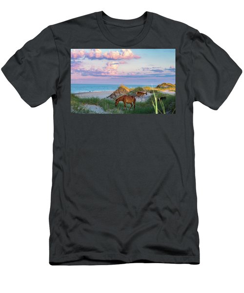 Epic Carova Men's T-Shirt (Athletic Fit)