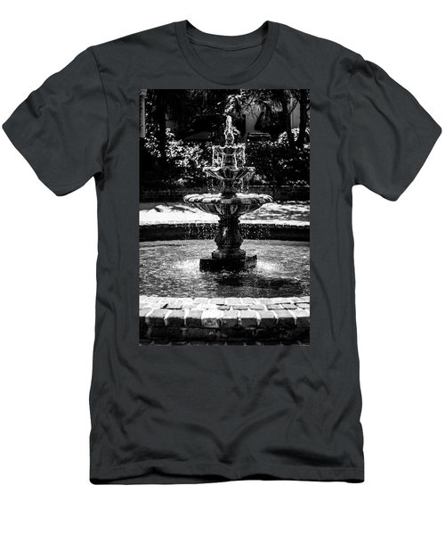 Fountain B W Men's T-Shirt (Athletic Fit)