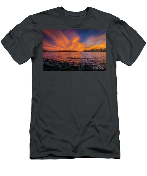 Frontenac Ferry Sunset Men's T-Shirt (Athletic Fit)
