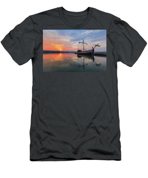 Gaul Men's T-Shirt (Athletic Fit)