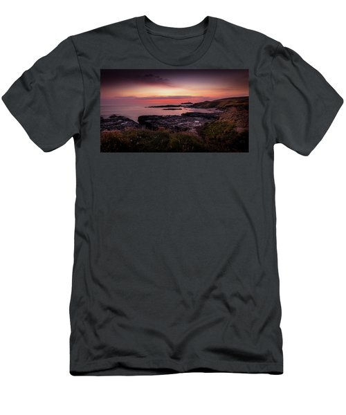 Godrevy Sunset - Cornwall Men's T-Shirt (Athletic Fit)