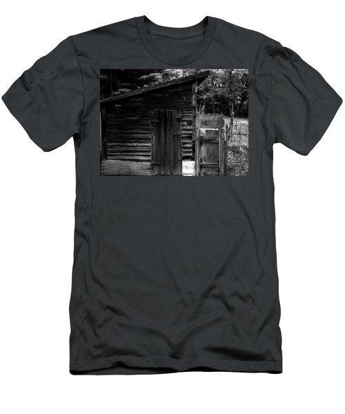 Grandpa's Shed Men's T-Shirt (Athletic Fit)