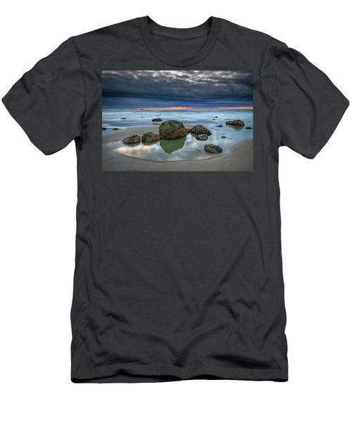 Men's T-Shirt (Athletic Fit) featuring the photograph Gray Morning On Wells Beach by Rick Berk