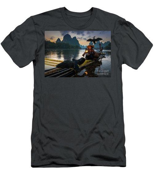 Guilin Fisherman Men's T-Shirt (Athletic Fit)