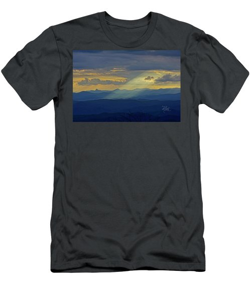 Hawks Bill Mountain Sunset Men's T-Shirt (Athletic Fit)