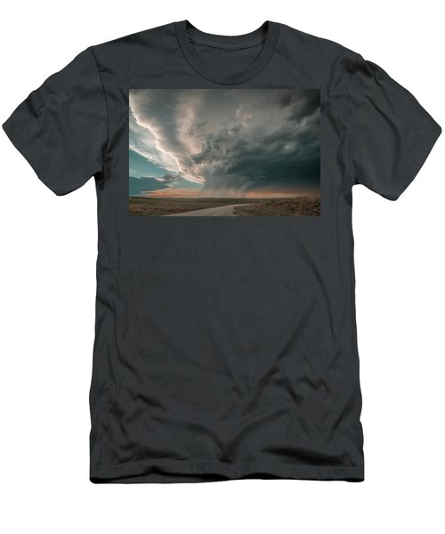Hay Springs Ne Supercell Men's T-Shirt (Athletic Fit)