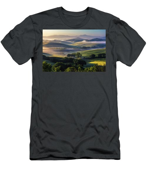 Hilly Tuscany Valley Men's T-Shirt (Athletic Fit)