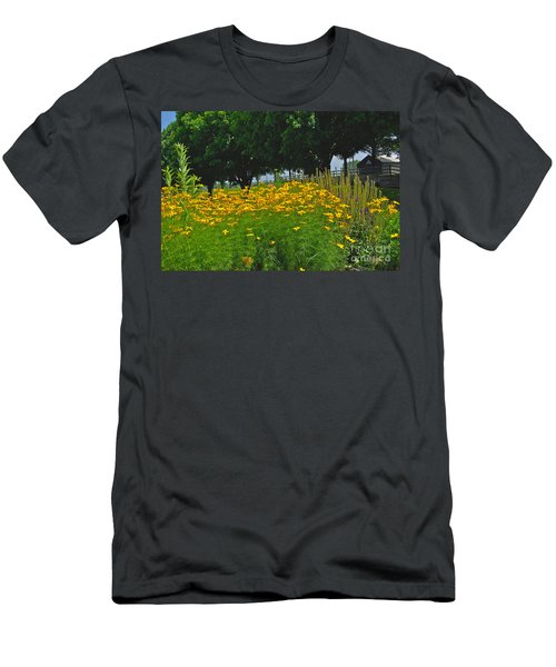In The Country Men's T-Shirt (Athletic Fit)