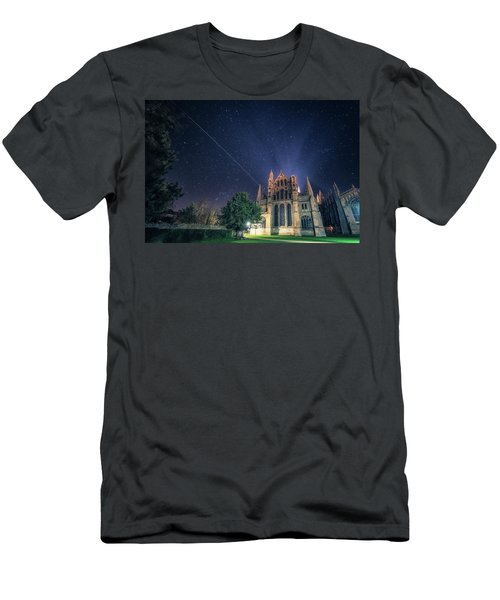 Iss Over Ely Cathedral Men's T-Shirt (Athletic Fit)