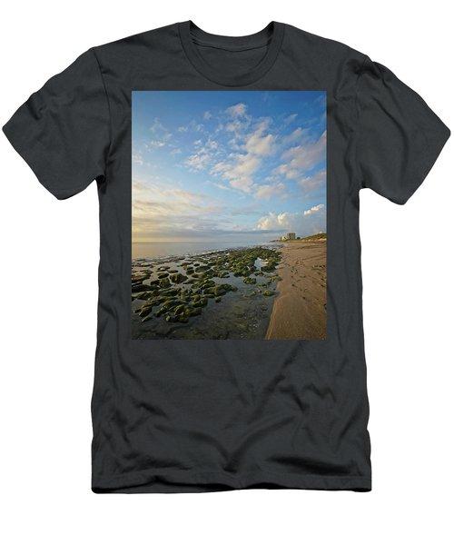 Jupiter Island Shoreline Men's T-Shirt (Athletic Fit)