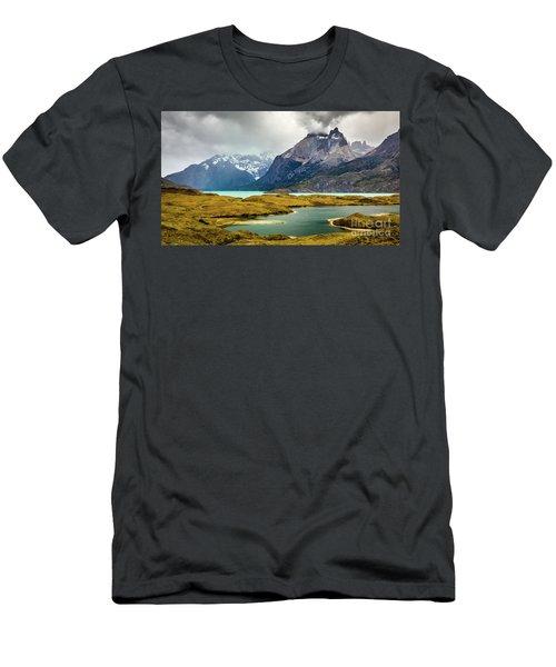 Laguna Larga, Lago Nordernskjoeld, Cuernos Del Paine, Torres Del Paine, Chile Men's T-Shirt (Athletic Fit)