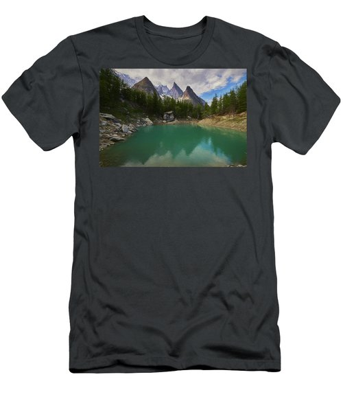 Lake Verde In The Alps II Men's T-Shirt (Athletic Fit)