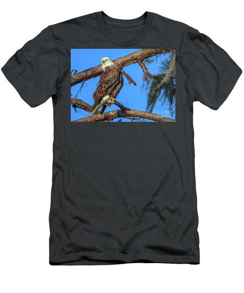 Lookout Eagle Men's T-Shirt (Athletic Fit)